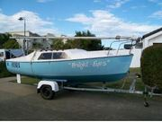 18 FOOT TRAILER SAILER YACHT