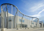 Conveyor belt mesh makes building cladding and balustrades elegance