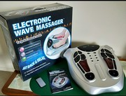 Electronic wave massager